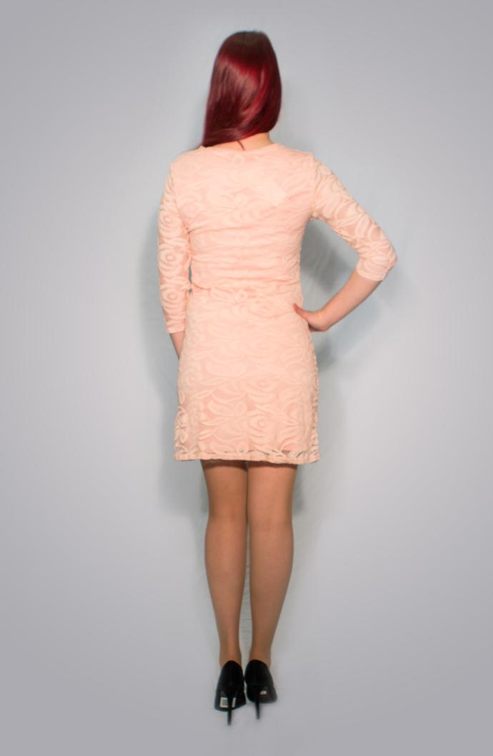 Κοντό φόρεμα δαντέλα